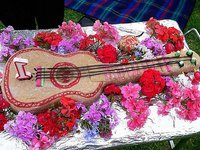 ukulele birthday cake